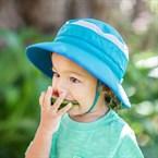 Chapeau enfant bleu